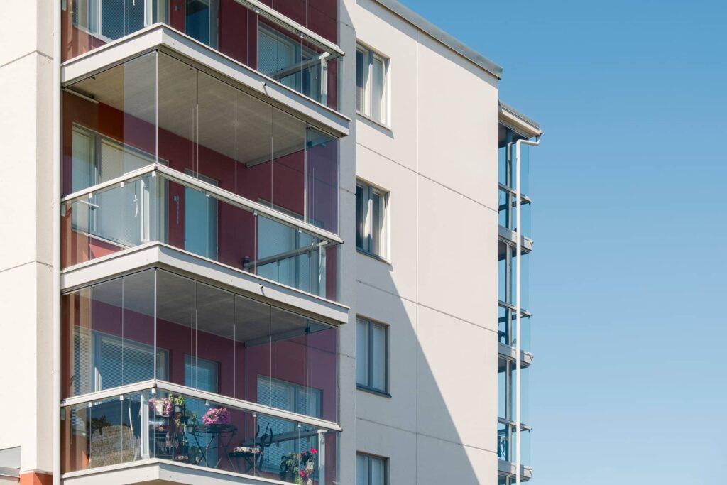 Lumon zabudowa balkonu